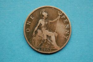 TWO X QUEEN VICTORIA BRONZE PENNY COINS - DATED 1901