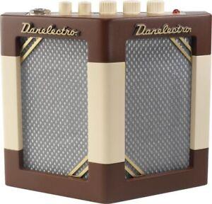 Danelectro Hodad Guitar Amp W/ Tremolo 2 Speakers