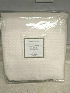 Restoration Hardware Vintage Diamond Matelasse Queen Bed Skirt Ivory NOS