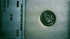 POLAND 1977 10GR BRILLIANT MINT UNCIRCULATED!! SEE PHOTOS! RARE IN THIS SHAPE!
