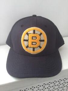 Boston Bruins Vintage Hockey Dark Blue Logo Baseball Hat
