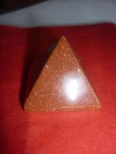 cristalloterapia PIRAMIDE PIETRA DEL SOLE relax magia cristallo piramidoterapia
