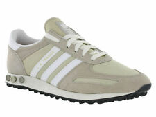 Chaussures beige adidas pour homme