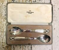 Early (1936) GEORG JENSEN Cased Sterling Silver 'Acorn/Konge' SERVING SET.