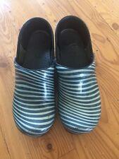 Dansko Pro Clogs Size 37 Leather Blue Striped Nurse  Shoes