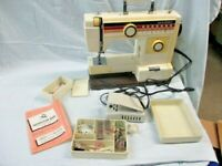 Vintage  New Home Sewing Machine w Manual + (cm)