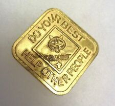 """VINTAGE BRONZE CUB SCOUT COIN  """"DO YOUR BEST HELP OTHER PEOPLE"""""""