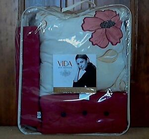 Penelope Completer Set 4 Pillows Shams Vida by Eva Mendez Red Cream Floral NWT