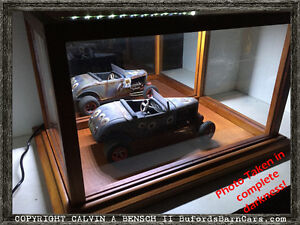 Beautifully Handmade LIGHTED Mirrored Display Case For 1:18+ Scale Models