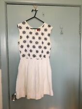 Tigerlily white dress with bllack flowers in size 8