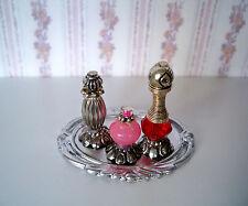 1:12  Miniatur Parfüm Flakons auf silbernen Tablett (022)