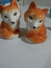 Salt and pepper shakers Foxes