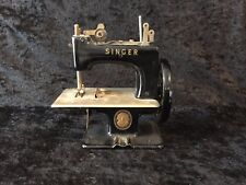 SINGER CHILD'S SEWING MACHINE, TOY, SALESMAN SAMPLE (17)