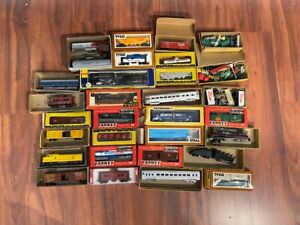 Vintage Collection lot of 25+ HO Railroad Trains Cars Misc. VARNEY TYCO BACHMANN