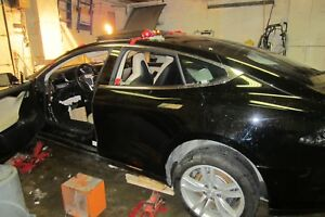 Tesla model s quarter panel C pillar driver side
