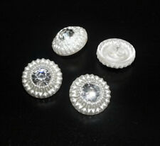 1 böhmischer Glasknopf mit Strass Steinchen · Crystal Weiß 18mm · k200