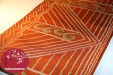 Vêtements traditionnels orange pour Femmes, provenance Japon