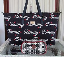 Tommy Hilfiger Signature Tommy Weekender XL Bag Tote & Cosmetic Navy Blue NWT