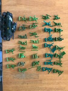 34 Vintage Atlantic 1/32 Scale WWII US Marines & Japanese Infantry New Ray Tank