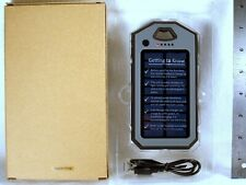 NEW in BOX SOLAR-POWERED PORTABLE SMARTPHONE CHARGER PB-S4000