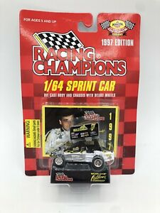 World of Outlaws Racing Champions 1/64 Sprint Car Gold Eagle Leak #7 1997