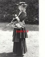 "TWIGGY LAWSON Vintage Original Photo, 1981 ""Pygmalion"" Eliza Doolittle RARE"