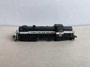 N scale Life-Like Walthers RS2 diesel locomotive N Gauge Engine