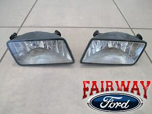 06 thru 10 Mercury Mountaineer OEM Ford Fog Driving Lamps Lights with Bulbs PAIR