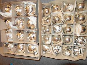 32 alte Kugeln Glas Christbaumschmuck Lauscha DDR silber