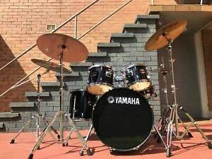 Yamaha Gigmaker Fusion Drum Kit Black