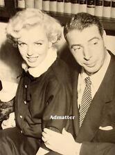 Marilyn Monroe & Joe Dimaggio Double-sided Pin-up print