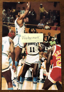 1976 Buffalo Braves Photo Bob McAdoo vs Rockets Calvin Murphy AUD SIZE 8X12
