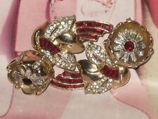 CORO / COROCRAFT VINTAGE QUIVERING CAMELLIA TREMBLER BROOCH with DRESS/FUR CLIPS