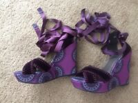 Stuart Weitzman Theodora Callum Biarritz Purple Velvet Wedge Laceup Size6.5 $395