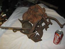 ANTIQUE McCORMICK DEERING TRACTOR USA CAST IRON GEAR WHEEL SHARPENING STONE TOOL