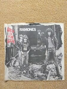 "RAMONES - SHEENA IS A PUNK ROCKER  1977 - 7"" 45 rpm Vinyl Record Pic Sleeve"