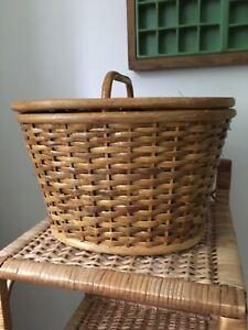 Vintage Retro Wicker Shopping Basket Picnic Storage.