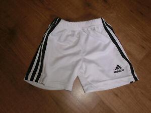 adidas Sporthose Gr. 98/110/116 Weiß Kurze Hose Trainingshose wie Neu