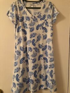 NWOT CAROLE HOCHMAN  SLEEP SHIRT WITH FANS PRINT SIZE S
