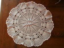 ancien napperon coton fait main pr guéridon table de nuit / salon bibelot vase