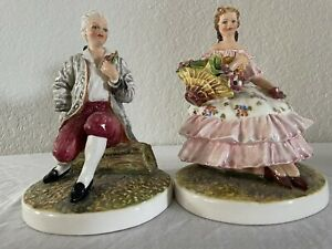 Vintage Signed Carlo Mollica Capodimonte Courting Couple With Flowers , Italy