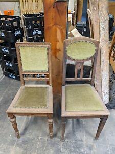 Zwei verschiedene wunderschöne alte Stühle