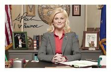 AMY POEHLER - PARKS AND RECREATION AUTOGRAPHED SIGNED A4 PP POSTER PHOTO