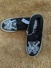 NWT Sz 5 1/2 Xhilaration Black slip on Sneakers