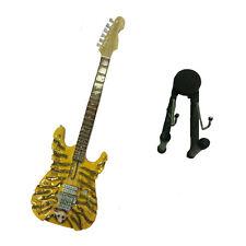 Miniature guitare en bois sculpté avec crâne peinture avec base pour appui