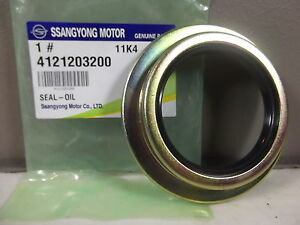 GENUINE SSANGYONG MUSSO SPORTS UTE 2.9 L TURBO DIESEL AXLE SHAFT OIL SEAL 1 EA