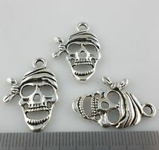 10pcs Tibetan Silver Hollow Skull Head Charms Pendants 18x27mm