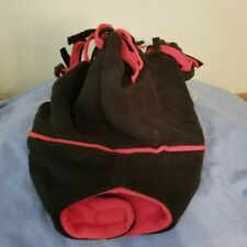Black with Red trim Boys or Girls Winter Hat & Mittens. New With Tags 12-18Mths