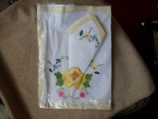 VINTAGE TRAY CLOTH AND NAPKIN FOR TRAY BRAND NEW IN ORIGINAL PLASTIC BAG