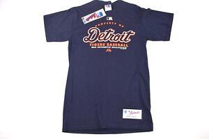NOS Vintage 90s Majestic Mens Medium Detroit Tigers MLB Baseball Spell Out Shirt